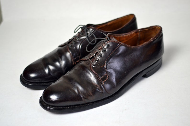 7c08a3835a60d Vintage BROOKS BROS SHELL CORDOVAn Color 8 Dark Brown Saddle