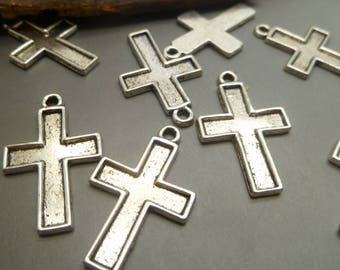 BULK - 20 Antique Silver Cross Charms - Christian Pendant  - MC1247