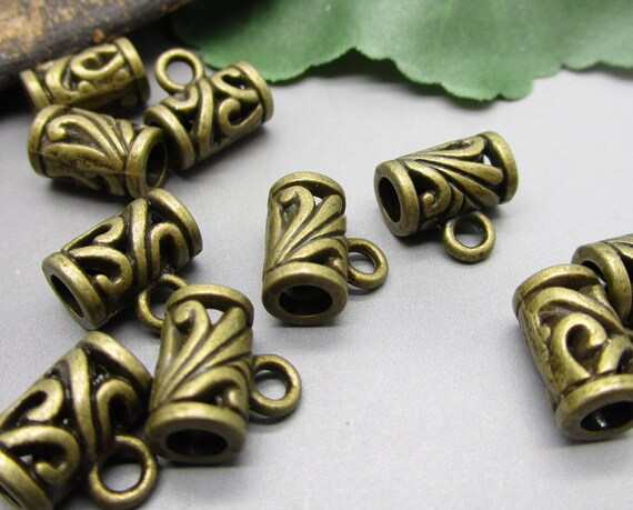 Pack Of  10 Pcs Leaf Charms Antique Tibetan Bronze Tone 2 Sided TE1328