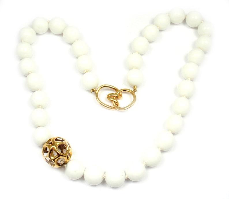 5500eb939650e1 Tiffany & Co. 18k Yellow Gold 12.5mm Dolomite White Bead | Etsy