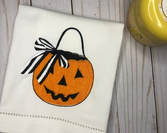 Halloween Embroidered Hand Towel, Decorative Towel, Jack O Lantern Towel, Cotton Hand Towel, Halloween Gift, Pumpkin with a Bow