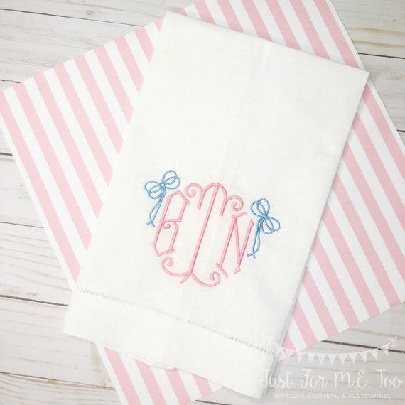Monogrammed Linen Tea Towel, Guest Towel, Monogram Hand Towel, Linen Guest Towel, Personalized Hand Towel, Tea Towel, Vintage Bow Monogram