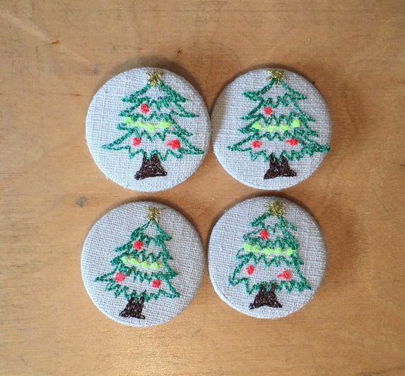 Tree badge- linen- stitched