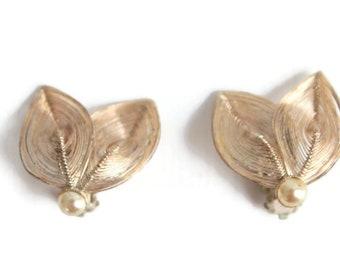 Leaf Earrings, Gold Leaf Earrings, Wired Leaf Earrings, Leaf Jewelry, Leaf Clip On Earrings, Gold Leaf Clip On Earrings, Clip On Earrings