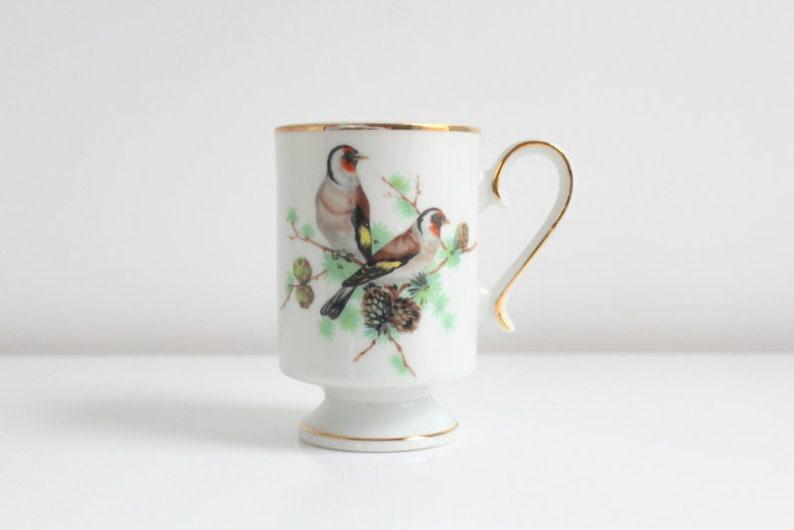 Coffee CupMugFooted Crown Vintage Royal Bird vnNwmO80