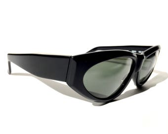 2a8d355a06c8 ... century black rb3 lenses bl usa sunglasses 6191e 4413b  sweden super 1960s  bl ray ban matte black framed sunglasses with beveled edges and dark glass