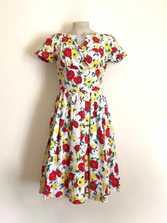 Vintage 1950s floral print dress - image 1