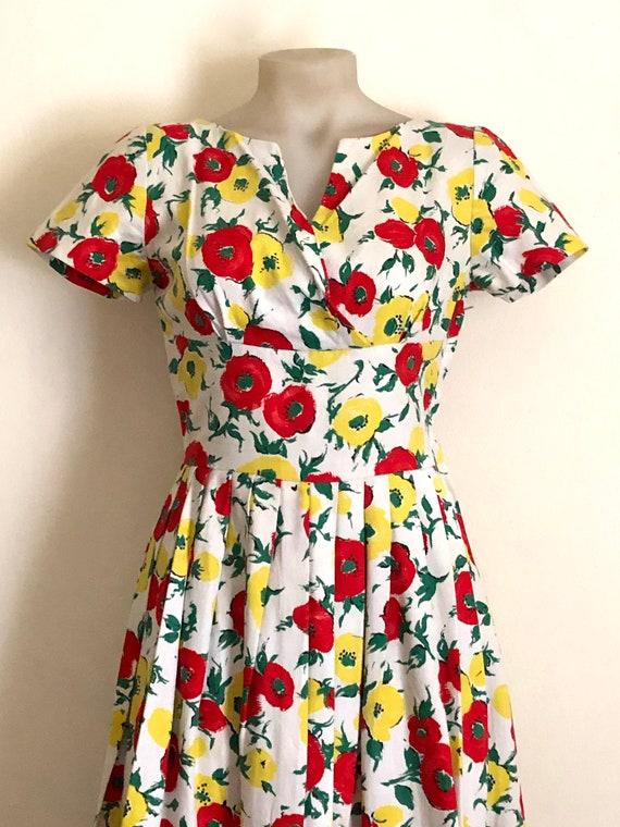 Vintage 1950s floral print dress - image 2