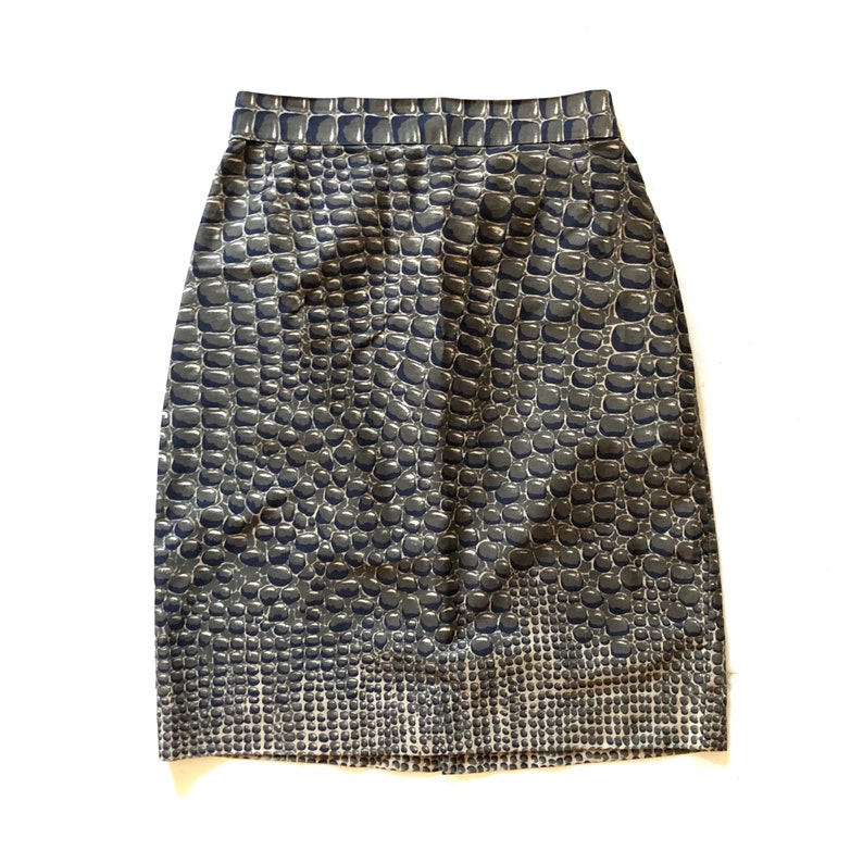 7364cf44 GENNY!!! Vintage 1980s rare 'Genny' by Gianni Versace reptile print pencil  skirt / Made in Italy