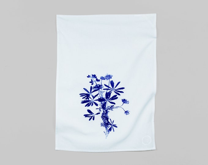 WILDFLOWERS BOUQUET - hand printed tea towel /Handmade gift / Hand Printed Kitchen / Zero Waste Gifts / Housewarming Gift / Dishtowel art