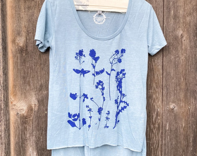 PRESSED WILDFLOWERS T-shirt top / botanical top /floral top /hand printed shirt /t-shirt