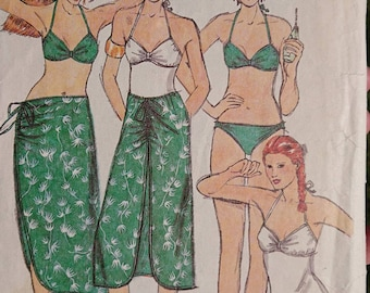 Vintage 1970s Black Muted Orchid Print Cropped Halter Bathing Suit Top  Women/'s XS  70s Retro Boho Beach Wear Mid Riff Swim Top