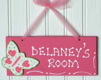 BUTTERFLY Room Sign, Personalized. Hot Pink, Glittered Pink & Green Butterfly Cutout. Kid's Name Sign Plaque. Girl's Room Decor. Door Sign.