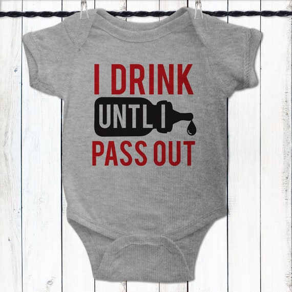 Funny Baby Tee Baby Shower Gift for Boys New Baby Gift  dd8021c4501