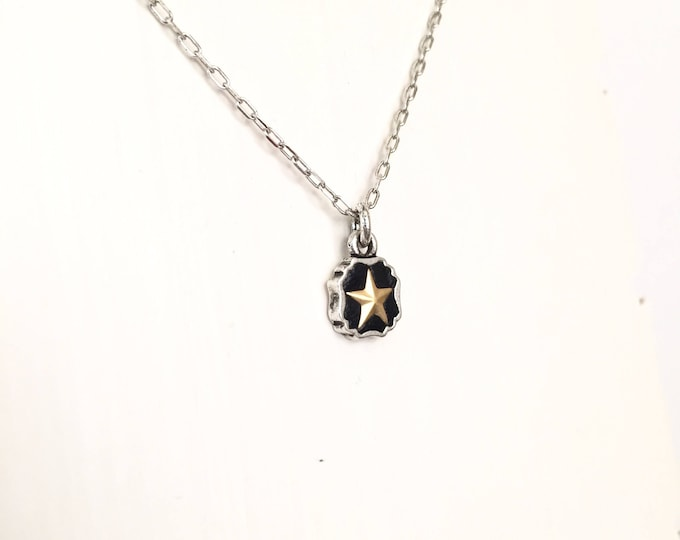 Lucky star necklace, petite