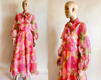 1970's Lilli Diamond Pantsuit / Floral Pussy Bow Blouse / Floral Palazzo Pants / Size Medium Size Large