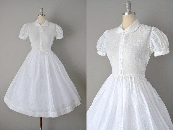 1950s White Floral Organdy Dress / Size Medium Lar