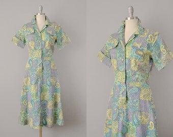 50s Dress // 1950's Spring Paisley Deadstock Shirtwaist Dress // Medium