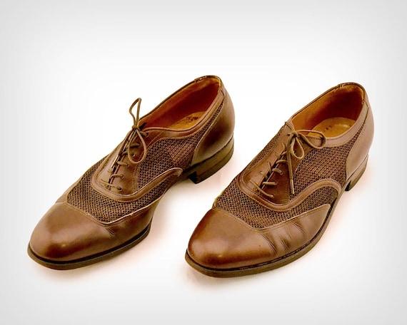 des années 50 Chaussures     1950 s Brown Mesh et cuir de la   Etsy 4c9d31ef4e5f