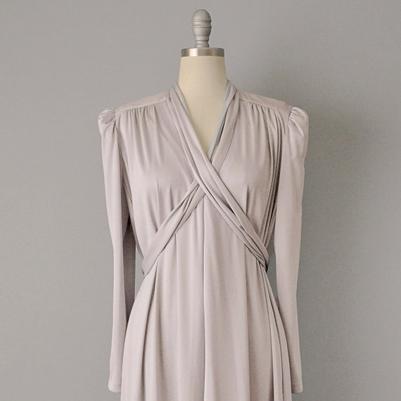 70s Dress // 1970s Lucie Ann Pearl Grey Jersey Ca… - image 5