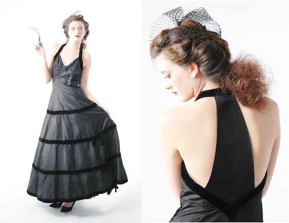 Vintage 40s Dress // 1940s Black Taffeta and Velve
