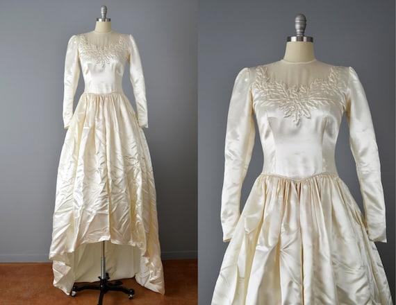 Vintage 40s Wedding Dress // 1940s Ivory Sating We
