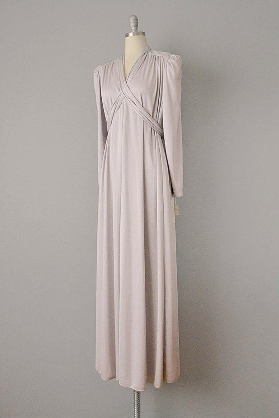 70s Dress // 1970s Lucie Ann Pearl Grey Jersey Ca… - image 3