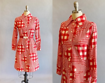 1970s Gingham Dress / Plaid Dress / 70s Shirt Dress / Size Medium - Large