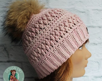 Ready to go, La TUQUE québécoise EMY- In merino and hand-tinted, Standard Woman crocheted, pink