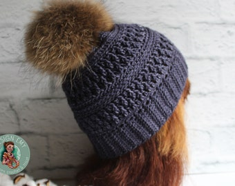 Ready to go, La TUQUE québécoise EMY- In merino and hand-tinted, Standard Woman crocheted, blue jeans