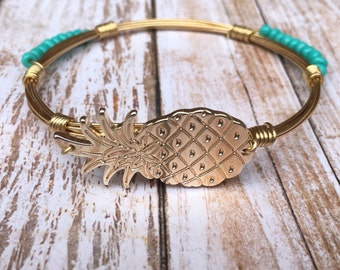 Pineapple and turquoise bangle/pineapple bracelet/wire bangle