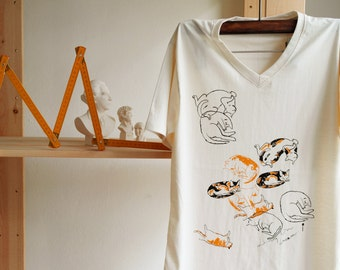 T shirt V neck cotton  Calico Cat