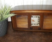 Vintage RCA Tube Radio 55X Works Great Mid Century Design