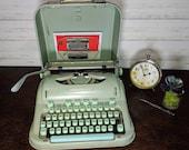 Hermes Typewriter -Vintage Hermes 3000 - Working Typewriter - Portable Typewriter - Antique Typewriter - Writer Gift - Manual Typewriter