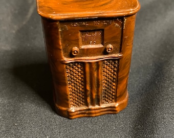 Vintage Renwal Console Radio for Doll House