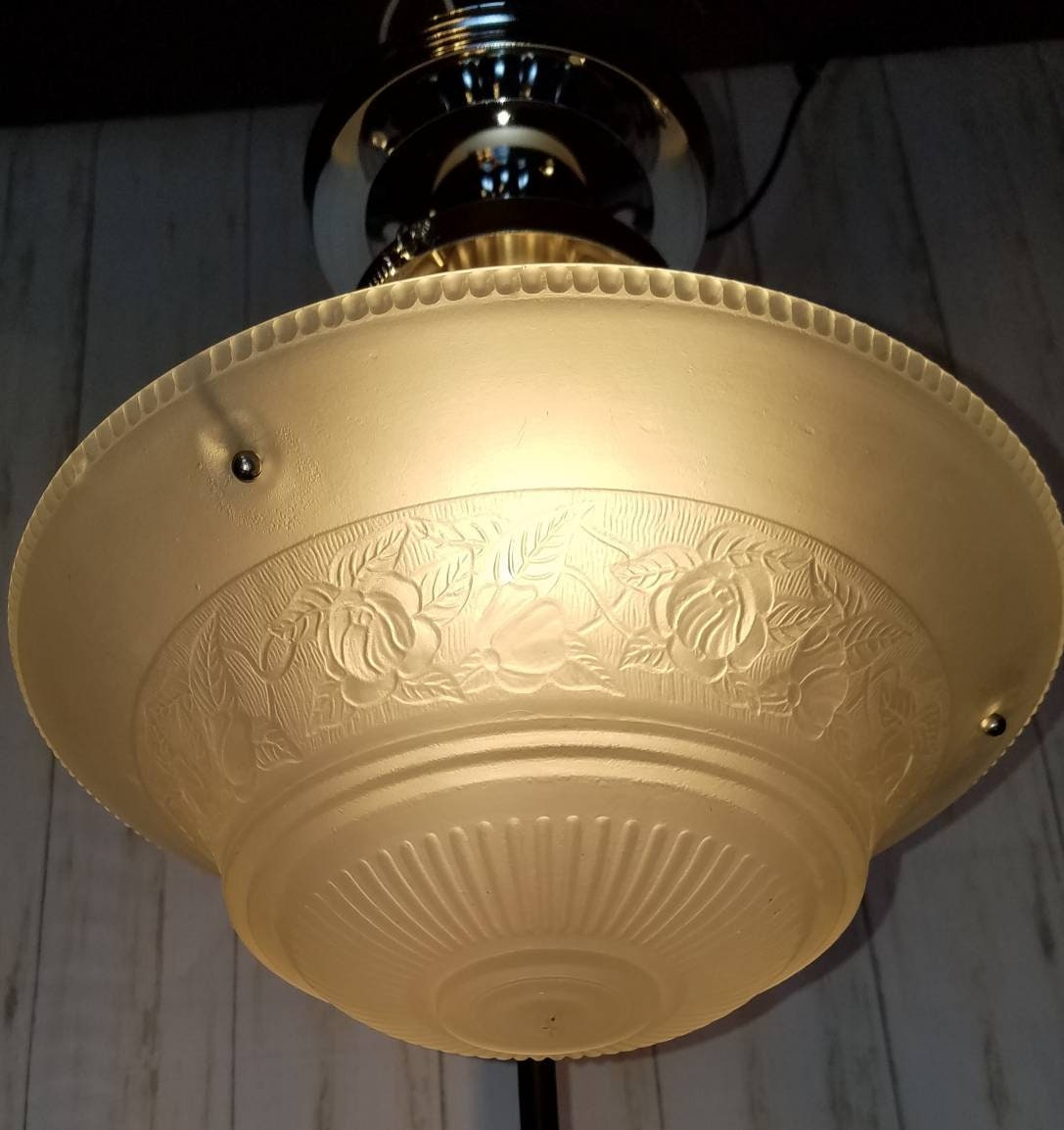 Vintage ceiling light fixture heavy glass floral shade working
