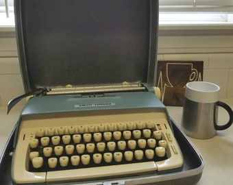 Vintage Smith Corona Blue Ivory Typewriter With Case Galaxy 1970s Mid Century