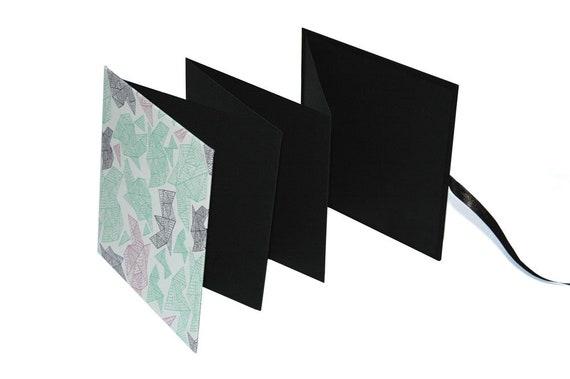 Leporello 17 x 17 (ID 16 x 16) avec peut pages noires, tissu, plusieurs pages peut avec être sélectionné 16933f