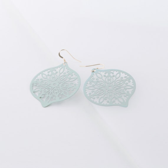 Earrings leaf handmade in Montreal by Si Simple