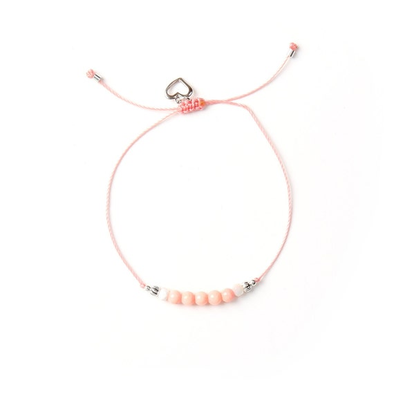 Bracelet Pearl on nylon thread