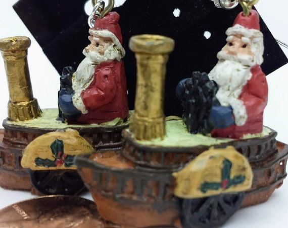 Sugar Plums Christmas Earrings KURT ADLER – St Nick on a Christmas tugboat!