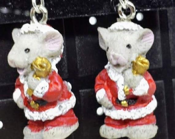 Sugar Plums Christmas Earrings - Precious Mice Ring in Christmas Cheer