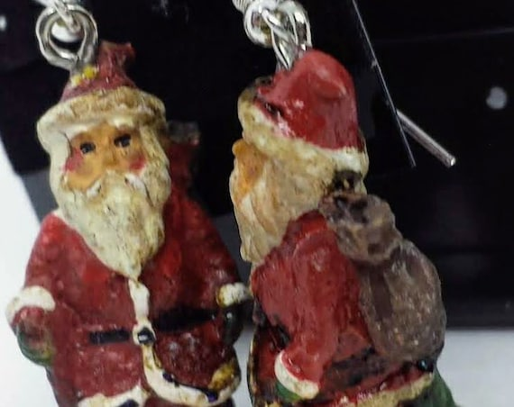 Sugar Plums Christmas Earrings - Old Fashioned Santa with Pack