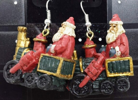 Sugar Plums Christmas Earrings KURT ADLER – Santa riding the polar express!