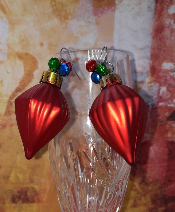 Christmas Lamp bulb earrings with tiny bells - Sugar Plums