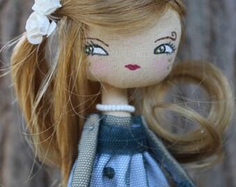 Romantic doll princesse , poupée en tissu, robe en dentelle verte