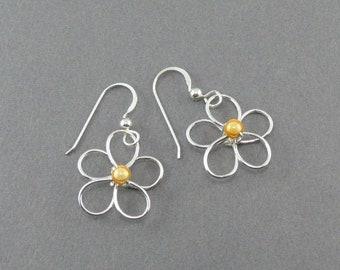 Wire Flower Earrings - Handmade Silver Wire Earrings - Silver Daisy Earring