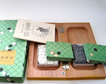 Vintage Japanese GO Game with Gray Slate & White Stone Pieces, near MINT Condition Green Boxes, 1961 Instruction Book, NM, Vintage Games