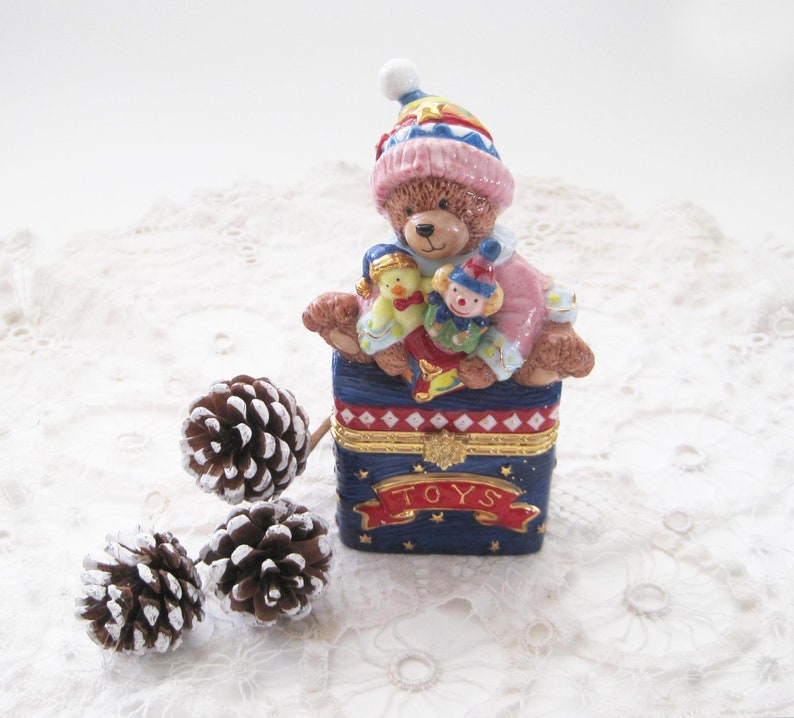 Christmas Bear.Christmas Ceramic Box Bear Toy Box With Gold Clasp Bombay Like Ceramic Box Stocking Stuffer