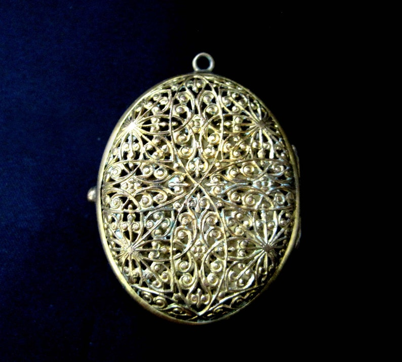 Vintage Jewelry Gold Filigree Locket 1940s Necklace Gift for Her Mosaic Center Double Photo Open Scroll Design